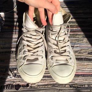 White leather converse men's 7